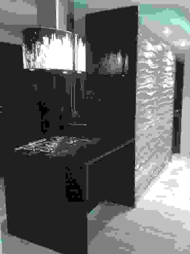 by CelyGarciArquitectos Minimalist Granite
