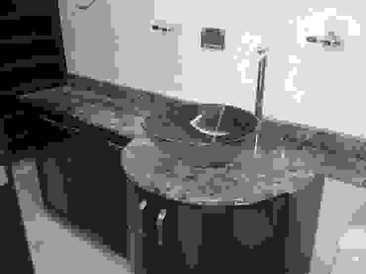 CelyGarciArquitectos Ванна кімната Дерево Коричневий