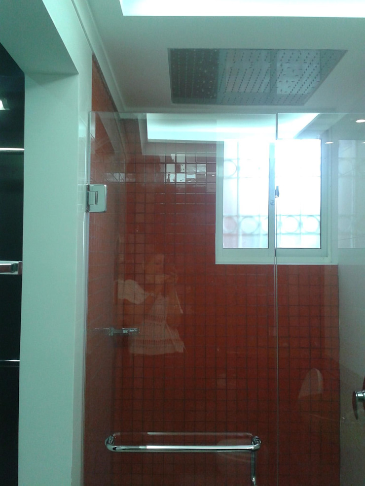 CelyGarciArquitectos Ванна кімната Скло Помаранчевий
