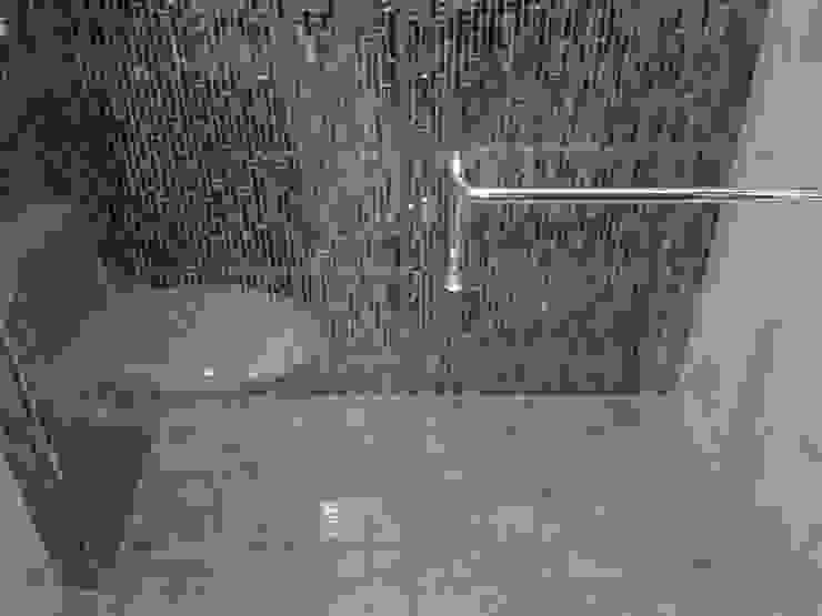 CelyGarciArquitectos Ванна кімната Мармур Янтарний / Золотий
