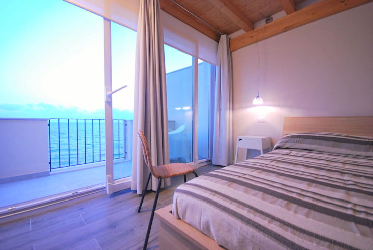 Dormitorios mediterráneos de Viviana Pitrolo architetto Mediterráneo