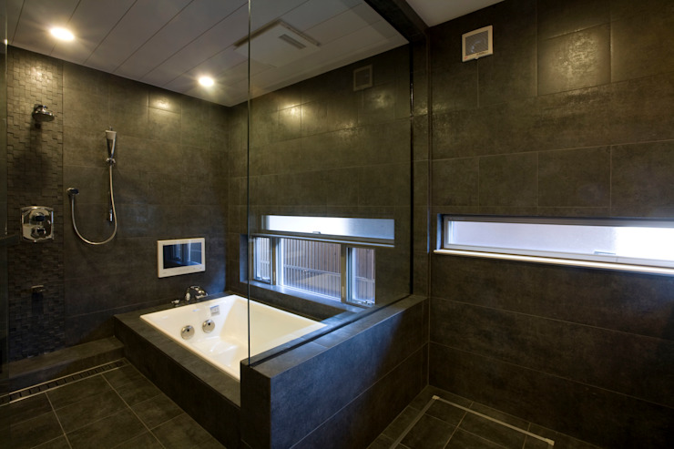 Modern Bathroom by Franka Modern