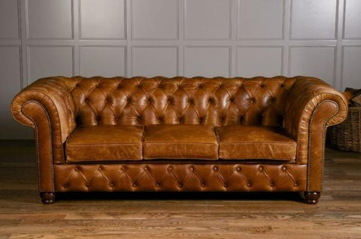 Birley Brown Leather Chesterfield Sofa di Modish Living Rustico Pelle Grigio