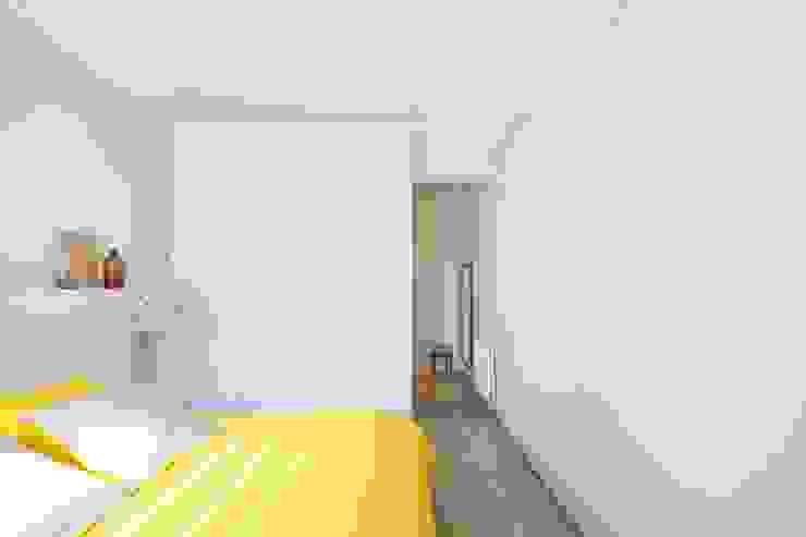 manrique planas arquitectes Cuartos de estilo mediterráneo