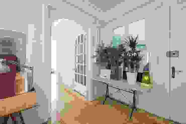 manrique planas arquitectes Baños de estilo mediterráneo