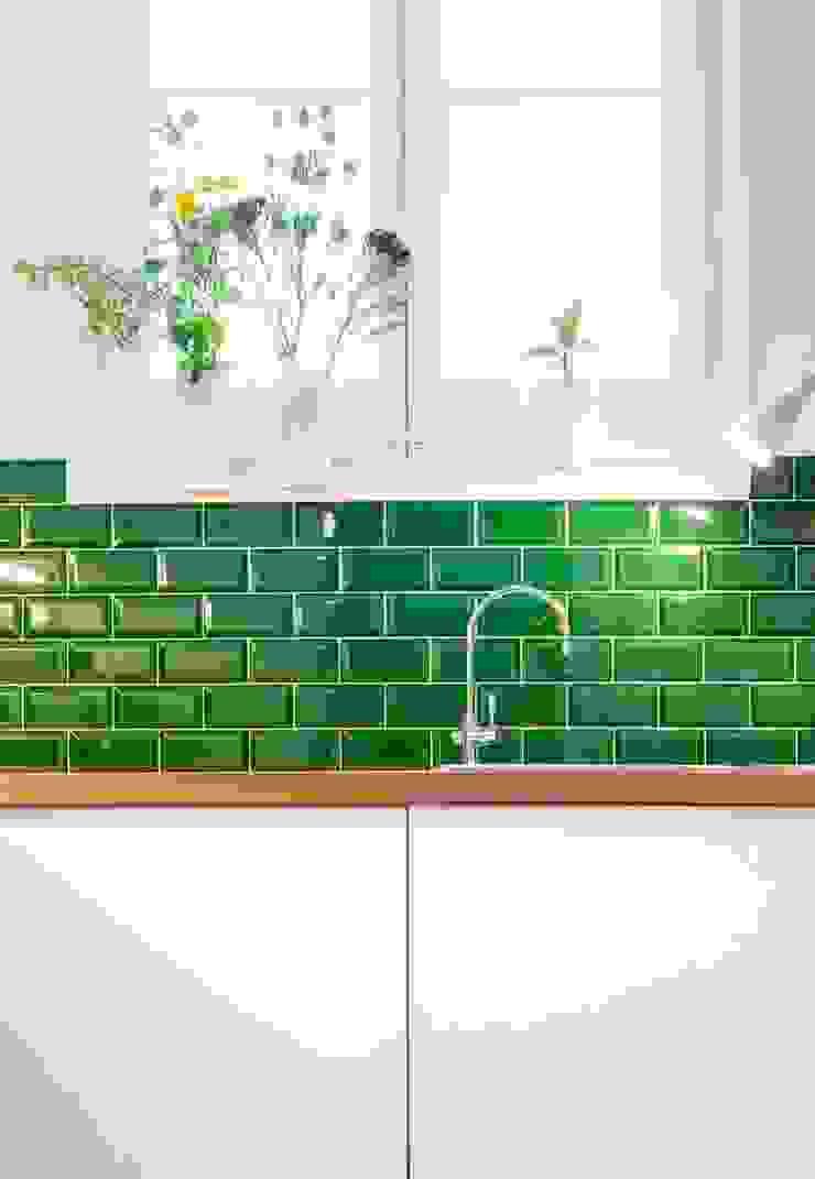 manrique planas arquitectes Cocinas de estilo mediterráneo