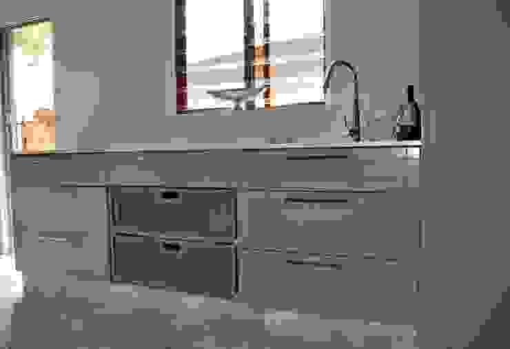 Project : Jackson Modern kitchen by Capital Kitchens cc Modern MDF
