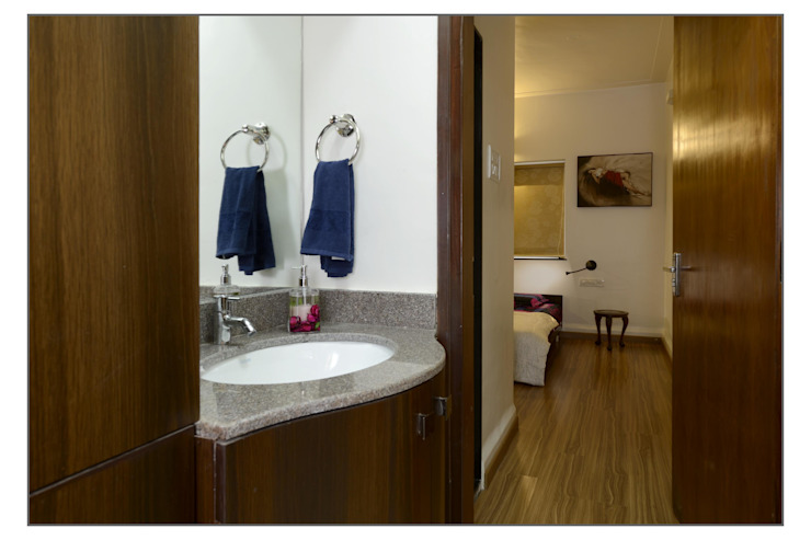 Common Washbasin Modern bathroom by Navmiti Designs Modern