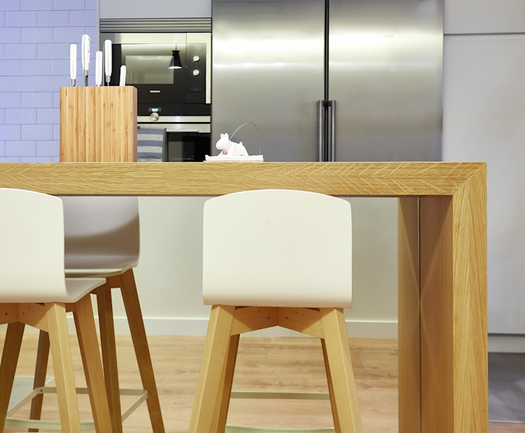 Diseño de Cocina Abierta al Salón Cocinas de estilo moderno de Línea 3 Cocinas Madrid Moderno