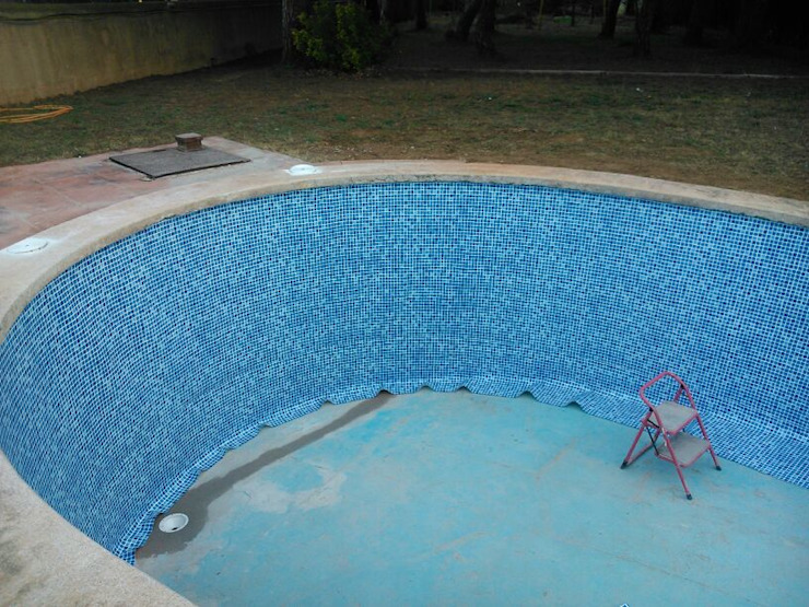 Oleh Diaz Pools