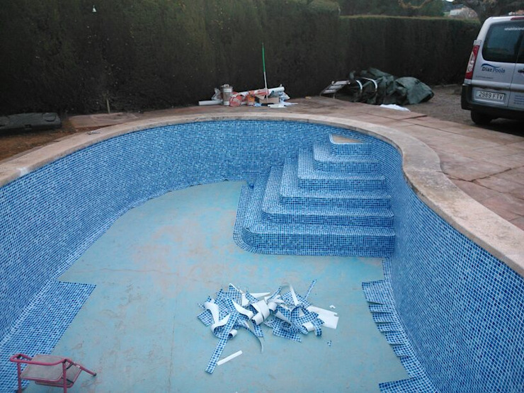 von Diaz Pools
