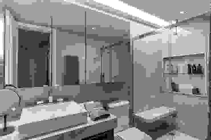 Baños de estilo  por Roberta Rennó Arquitetura, Moderno