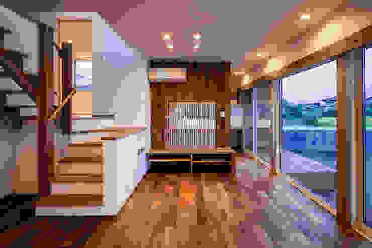 现代客厅設計點子、靈感 & 圖片 根據 祐建築設計事務所 現代風