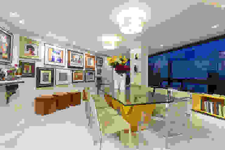 Decoração de Apartamento | Jardim de Verssailles | Salvador-Ba Salas de jantar modernas por Maria Julia Faria Arquitetura e Interior Design Moderno