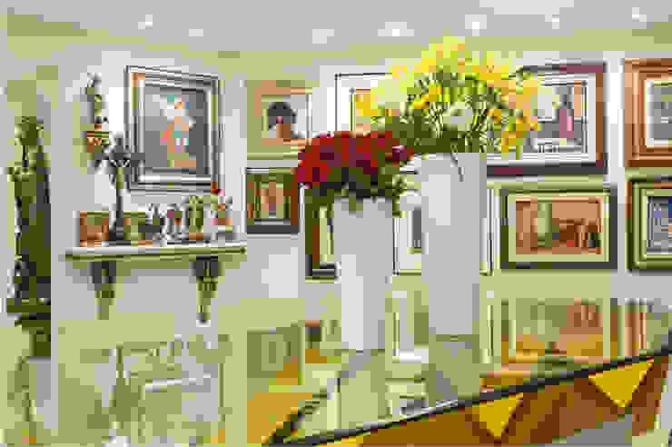 Dining room تنفيذ Maria Julia Faria Arquitetura e Interior Design,