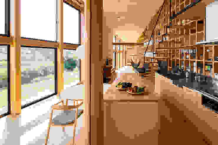 矢板・焼杉の家 オリジナルデザインの キッチン の 中山大輔建築設計事務所/Nakayama Architects オリジナル