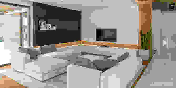 Living room by HomeKONCEPT | Projekty Domów Nowoczesnych, Modern