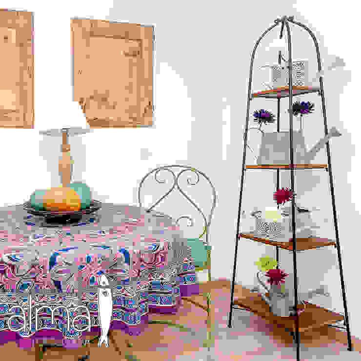 Um apartamento com um toque descontraído de campo em plena cidade.: Cozinhas  por alma portuguesa