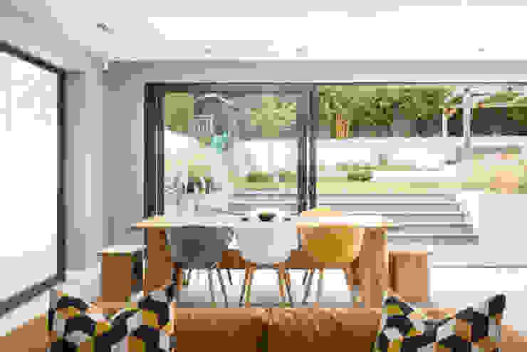 Dining Room SWM Interiors & Sourcing Ltd Comedores de estilo moderno