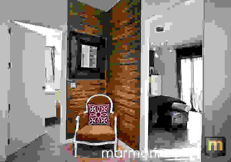 Paredes e pisos modernos por Marmorino, s.l. Moderno Arenito