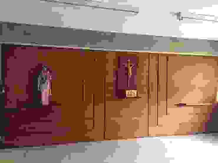 Proyecto Capilla Colegio Mater Salvatoris THE muebles Paredes y pisos de estilo moderno