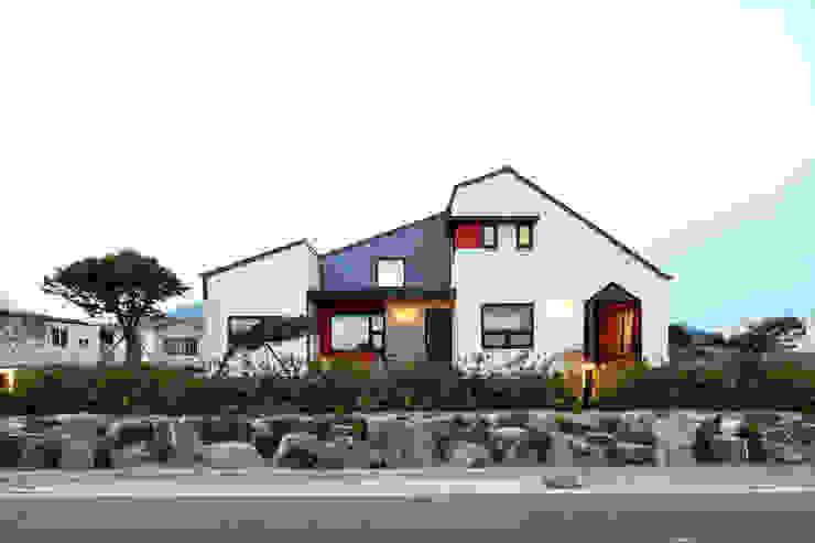 โดย 주택설계전문 디자인그룹 홈스타일토토 โมเดิร์น อิฐหรือดินเผา