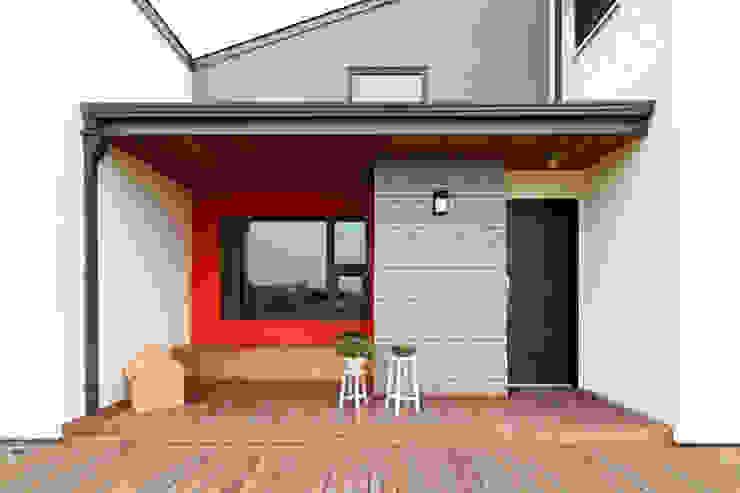 Moderne Häuser von 주택설계전문 디자인그룹 홈스타일토토 Modern Ziegel