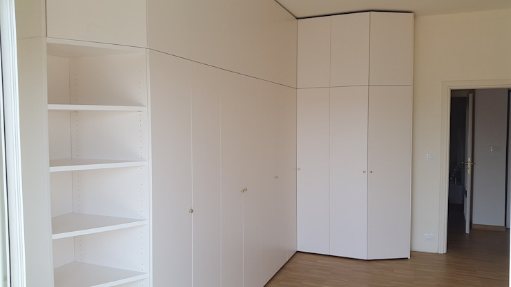 SIZEDESIGN SMART KITCHENS & LIVING 臥室衣櫥與衣櫃 複合木地板 Beige