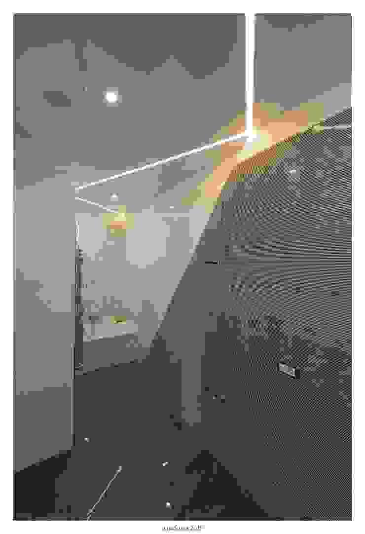 GINO SPERA ARCHITETTO Mediterranean style bathrooms