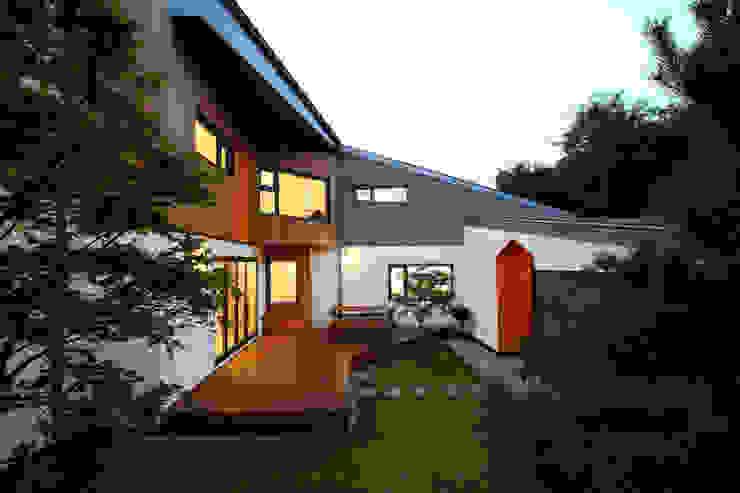 중정 모던스타일 주택 by 주택설계전문 디자인그룹 홈스타일토토 모던