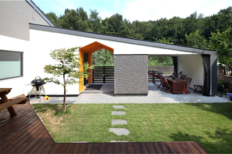 Taman Modern Oleh 주택설계전문 디자인그룹 홈스타일토토 Modern