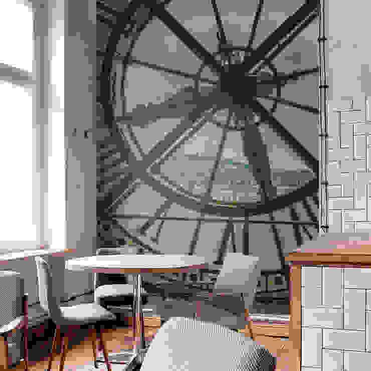 Running Time Moderne Wände & Böden von Pixers Modern