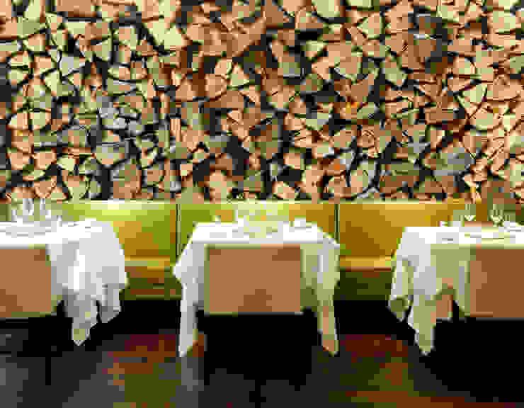 Wood Rustikale Wände & Böden von Pixers Rustikal