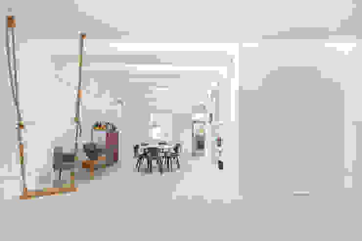 Kensington, SW5 - Renovation Modern living room by TOTUS Modern
