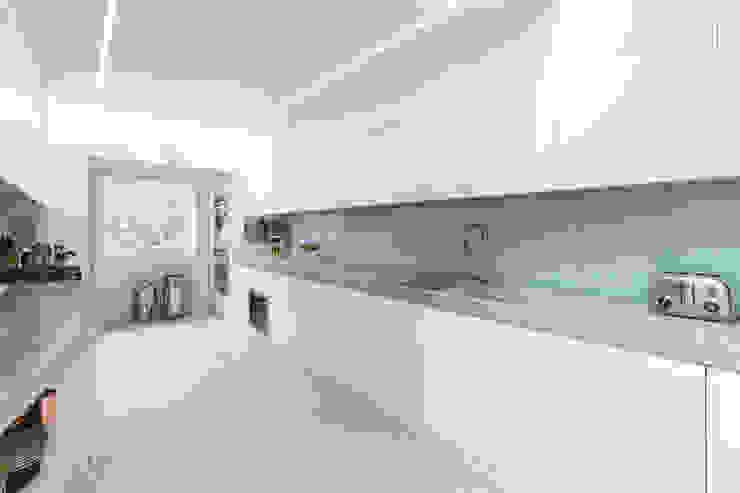 Kensington, SW5 - Renovation Modern kitchen by TOTUS Modern