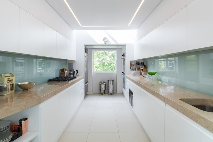 Kensington, SW5—Renovation TOTUS Modern kitchen