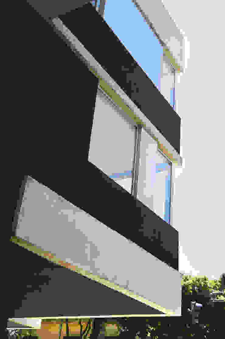 Esquina Casas de estilo moderno de F2M Arquitectos Moderno Hormigón