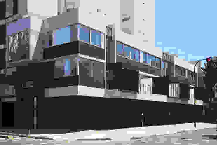bởi F2M Arquitectos Hiện đại Bê tông