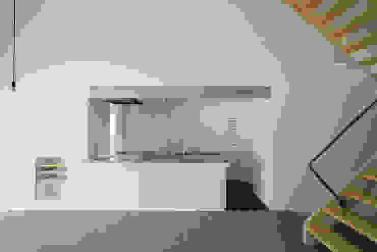現代廚房設計點子、靈感&圖片 根據 Smart Running一級建築士事務所 現代風 金屬