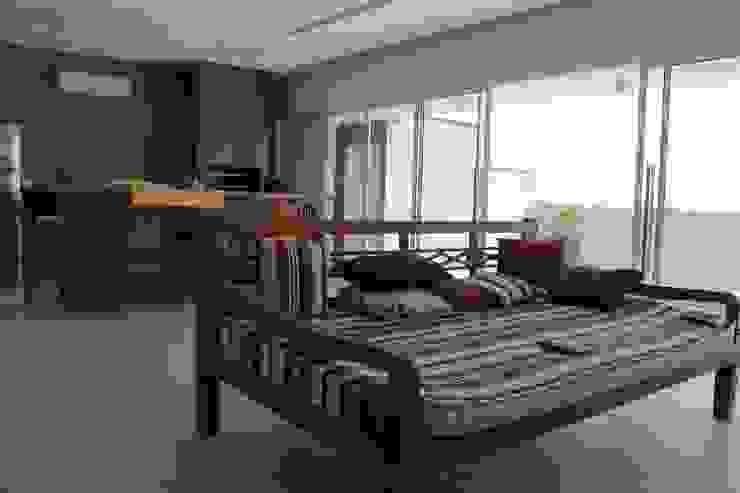 Ruang Keluarga oleh Lozí - Projeto e Obra