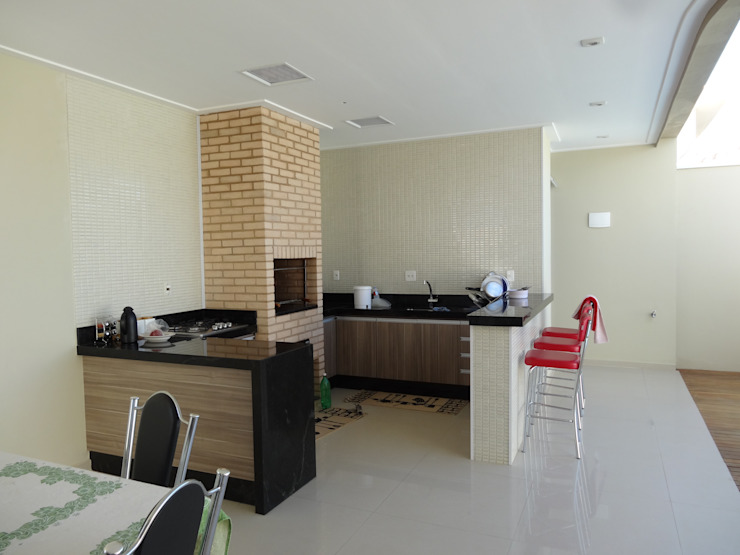 Casa SN Varandas, alpendres e terraços minimalistas por Lozí - Projeto e Obra Minimalista