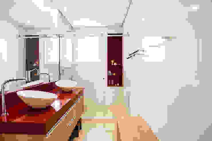 L2 Arquitetura Bagno moderno Rosso