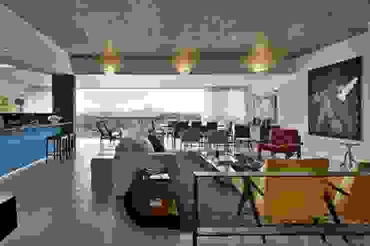 Livings modernos: Ideas, imágenes y decoración de David Guerra Arquitetura e Interiores Moderno