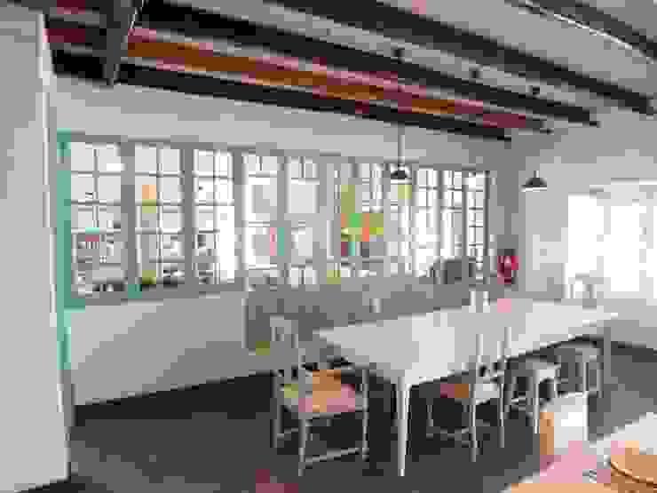 Quinta do Arneiro Espaços de restauração rústicos por Belgas Constrói Lda Rústico