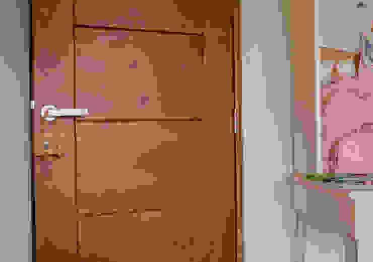 Ignisterra S.A. Modern windows & doors Plastic Brown