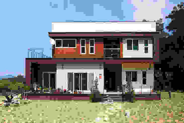 독특한 공간을 통해 가족과의 소통과 여유로운 생활을 안기는 모던스타일[경북 칠곡] 모던스타일 주택 by 지성하우징 모던