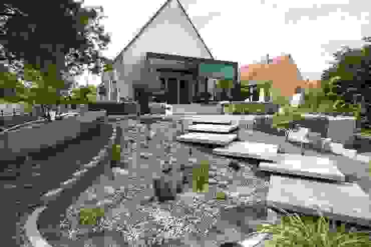 Taman Modern Oleh Schwein Aménagement Modern