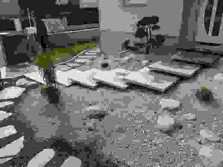 Modern Houses by Schwein Aménagement Modern