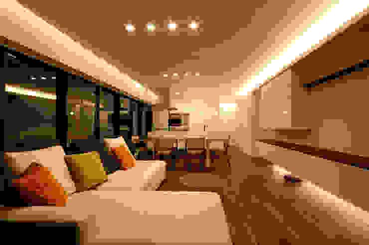 Modern Living Room by C-design吉内建築アトリエ Modern