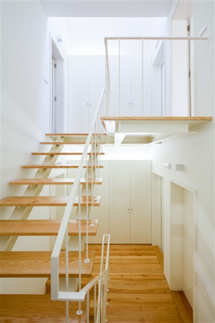 Remodelação de Edifício por FRANCISCO MARTINS & FILHOS LDA